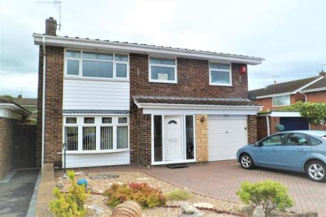 Yarwood Drive, Wrexham, LL13. 4 bedroom detached house