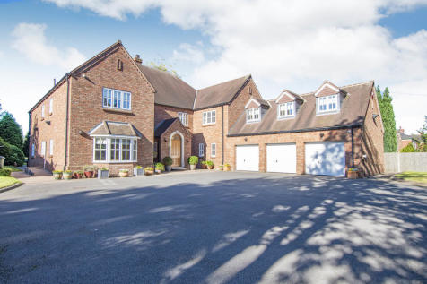 St. Wilfrids Road, Bessacarr, Doncaster. 6 bedroom detached house