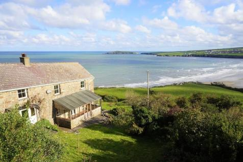 Poppit, St Dogmaels. 4 bedroom farm house for sale