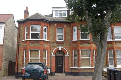 Arlow Road, N21. 2 bedroom flat