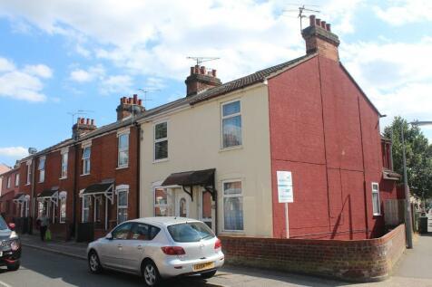 Bramford Lane, Ipswich. 2 bedroom end of terrace house