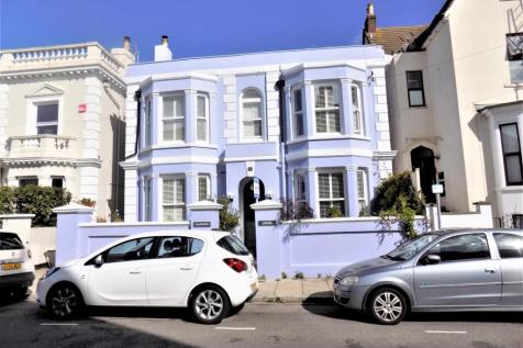 Cavendish Road, Southsea. 4 bedroom detached house for sale