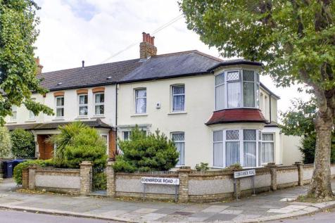 Edenbridge Road, Enfield. 4 bedroom end of terrace house