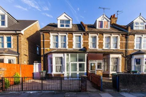 Selborne Road, Alexandra Park. 3 bedroom end of terrace house