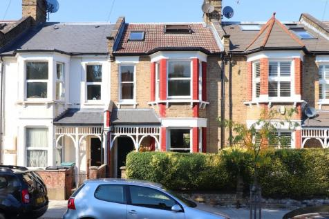 Victoria Road, Alexandra Park, London, N22. 4 bedroom terraced house