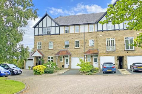 Chapman Square, Harrogate. 3 bedroom terraced house