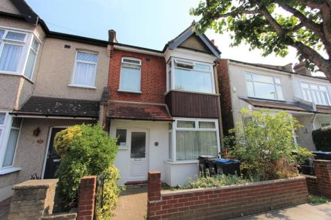 Addiscombe Avenue, Addiscombe, CR0. 4 bedroom end of terrace house