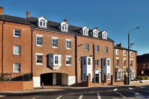Montague House, Stratford upon Avon, Warwickshire. 2 bedroom flat