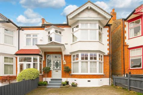 Empress Avenue, Woodford Green, IG8. 5 bedroom semi-detached house for sale