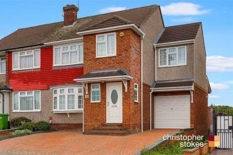 Landmead Road, Cheshunt, Hertfordshire. 4 bedroom semi-detached house for sale
