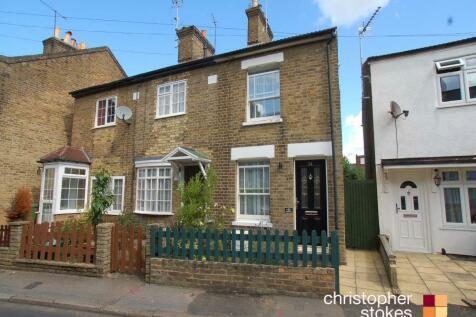 Albury Grove Road, Cheshunt, Hertfordshire. 2 bedroom end of terrace house
