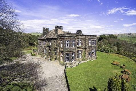 Leek, Staffordshire. 7 bedroom country house for sale