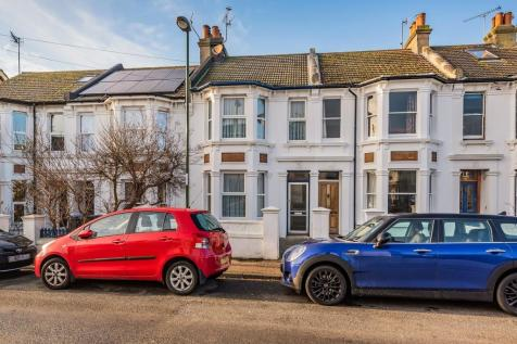 Shoreham-by-Sea. 3 bedroom terraced house for sale