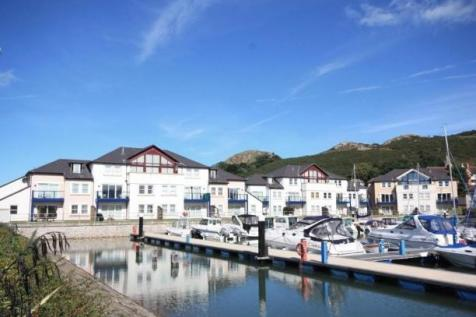 Deganwy Quay, Conwy (Town), Conwy (County of), LL31. 3 bedroom apartment