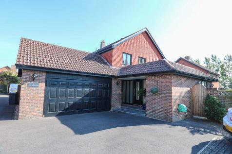The Gorseway, Hayling Island. 4 bedroom detached house for sale
