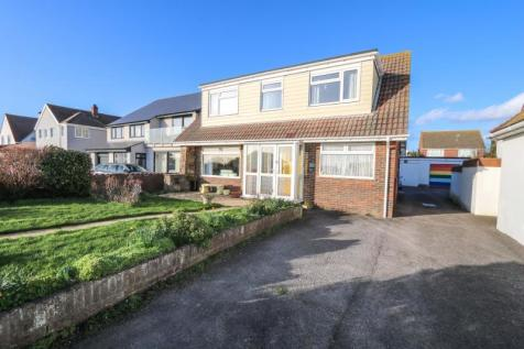 Seafront, Hayling Island. 4 bedroom detached house for sale