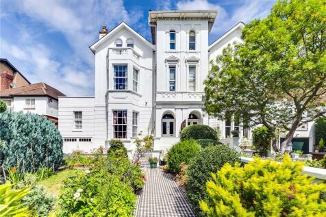 Lonsdale Road, Barnes, London, SW13. 5 bedroom semi-detached house