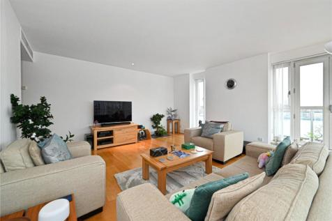 Belgrave Court, 36 Westferry Circus, Canary Wharf, London, E14. 2 bedroom flat