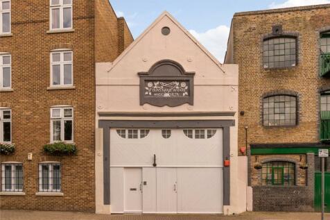 St Dunstans Wharf, 142 Narrow Street, London, E14. 3 bedroom house for sale
