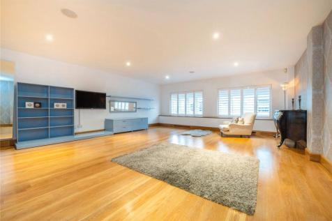 St Dunstans Wharf, 142 Narrow Street, London, E14. 3 bedroom house for sale