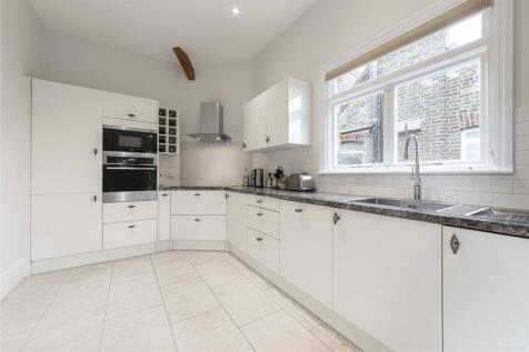 Greencroft Gardens, South Hampstead, London, NW6. 3 bedroom flat for sale