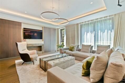 Campden Hill, Kensington, London, W8. 3 bedroom flat for sale