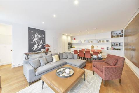 Russell Gardens Mews, Holland Park, London, W14. 3 bedroom terraced house