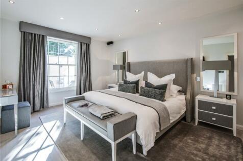 Blomfield Road, Little Venice, London, W9. 2 bedroom flat for sale