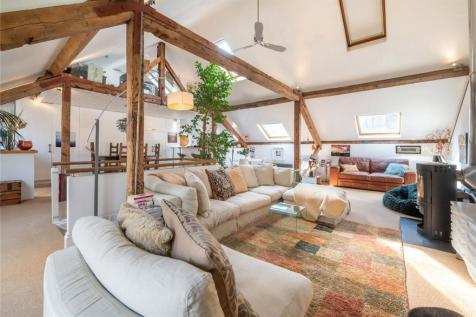 Lloyds Wharf, Mill Street, London, SE1. 3 bedroom flat for sale