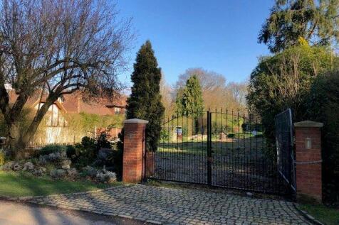 Hutton Mount, Brentwood, CM13. Plot for sale