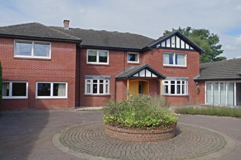 St Aidans Road, Carlisle. 6 bedroom detached house for sale