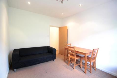 Lansdowne Way, Stockwell. 2 bedroom flat