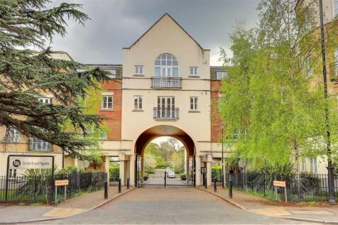 Bascombe Street, Brockwell Gate. 2 bedroom apartment
