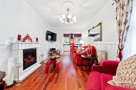 Umfreville Road, London, N4. 4 bedroom terraced house for sale