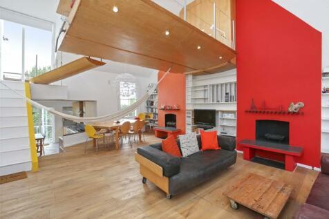 Hormead Road, Westbourne Park, W9. 3 bedroom flat