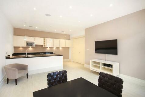 Kensington Gardens Square, Bayswater, W2. 2 bedroom flat