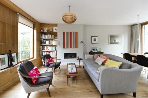 Boyne Terrace Mews, London, W11. 3 bedroom house