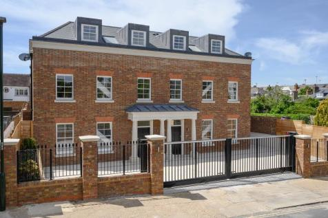 Kings Road, Richmond. 5 bedroom semi-detached house