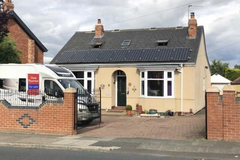 Barmpton Lane, Barmpton. 4 bedroom detached bungalow for sale