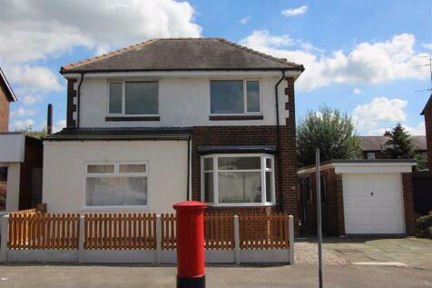 Mesnes Road, Wigan, Wigan. 3 bedroom detached house