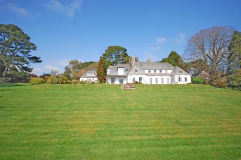 Budock Vean, Helford River, South Cornwall. 5 bedroom country house for sale