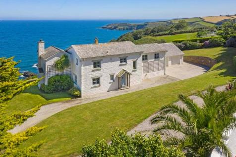 Maenporth, Nr. Falmouth, Cornwall. 5 bedroom detached house
