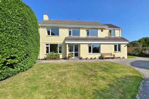 Truro, Cornwall. 4 bedroom detached house