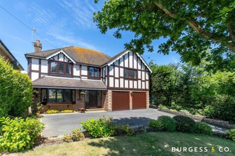Wealden Way, Little Common. 4 bedroom detached house for sale