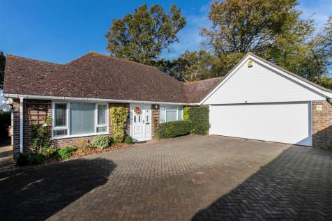 Fryatts Way, Bexhill-On-Sea. 3 bedroom detached bungalow for sale