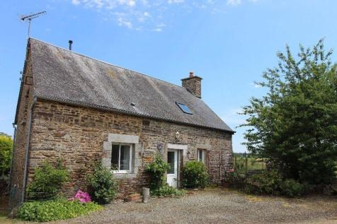 Fougerolles-du-Plessis, Mayenne. 3 bedroom cottage