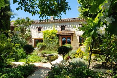 Puymirol, Lot-et-Garonne. 4 bedroom character property
