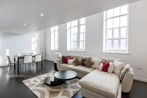 Drummond Way, Islington, N1. 2 bedroom flat