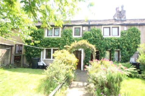 Gibbet Street, Lower Mile Cross, Halifax, West Yorkshire, HX1. 2 bedroom terraced house