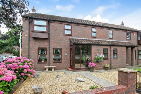 Haughton Green, Darlington. 4 bedroom semi-detached house for sale